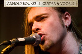Arnold Boukes - Guitar & Vocals